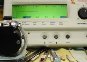 カルティエ パシャ38クロノグラフ オーバーホール後の動作チェック。この後ランニングテストへ…