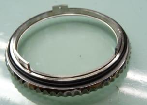 ブライトリング ナビタイマー01 ベゼルとケースはパッキン1枚。