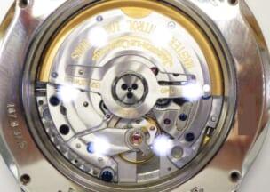 ジャガー・ルクルト マスターコントロール 裏ガラスから見たムーブメント